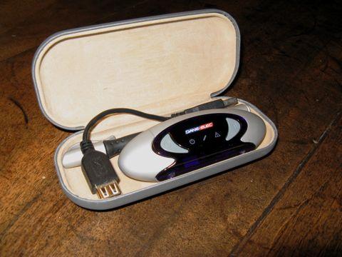 Un étui à lunettes qui protège le zPen