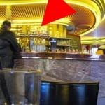 Bar du Café les 2 moulins rue Lepic