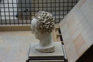 Sculpture à l'entrée - Musée d'Orsay